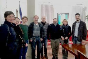 I titolari delle aziende di Tavarnelle e Barberino che hanno aderito al Biodistretto del Chianti. Al centro, l'assessore all'Ambiente Marco Rustioni