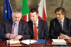 La firma da parte degli assessori alle Infrastrutture di Liguria, Toscana e Lazio