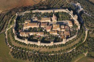 Veduta aerea di Monteriggioni