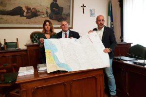Al centro il sindaco di Grosseto  Antonfrancesco Vivarelli Colonna