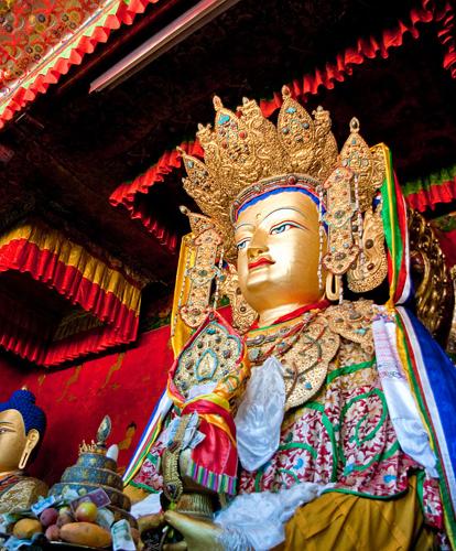 La statua del Buddha Śākyamuni introdotta in Tibet nel VII secolo dalla principessa cinese Wénchéng. (Foto da it.wikipedia.org).
