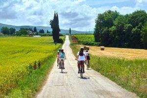 e-bike-chianti-tavarnelle-ambiente-toscana