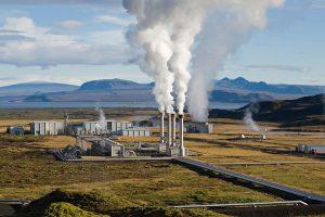 Impianto di Nesjavellir in Islanda. (Foto da it.wikipedia.org).