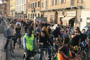 Foto dalla pagina Facebook di Critical Mass Pisa