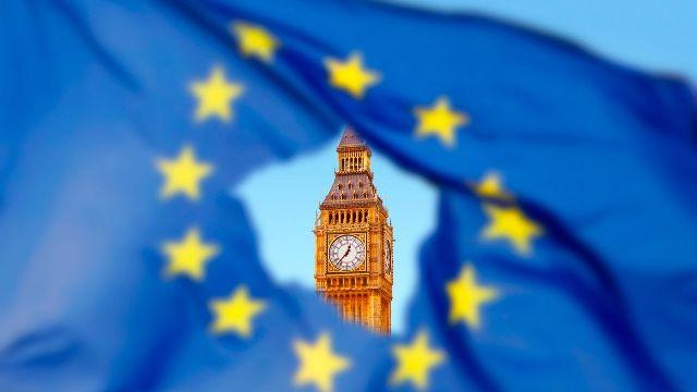 skynews-brexit-eu-flag-westminster_4447547