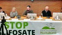 "Edoardo Prestanti (al centro) al convegno ""La Terra grida"" (Pistoia, 19 gennaio)"