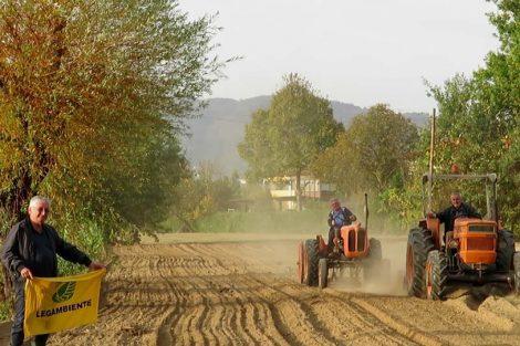 Ottobre 2018: aratura con trattori d'epoca