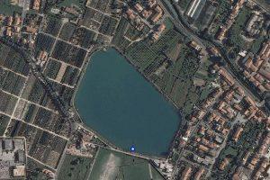 Foto aerea del lago Briganti ad Agliana (PT)
