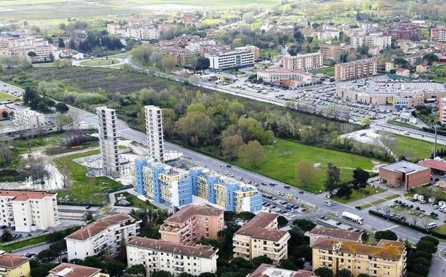 L'area verde destinata al parco urbano (foto da Legambiente Pisa)
