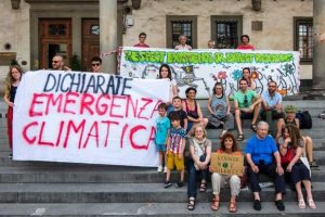 Foto dalla pagina Facebook di Fridaysforfuture Firenze