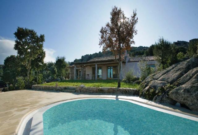 La villa in Costa Smeralda sequestrata dalle Fiamme Gialle di Firenze