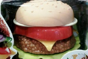 hamburger plastificato