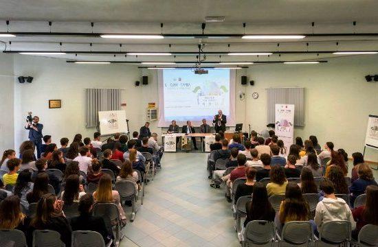 Un incontro sul clima in un istituto superiore di Viareggio