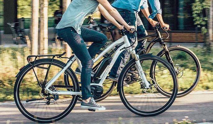 bicicletta-assistita-elettrica-toscana-ambiente