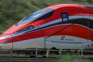 trenitalia-treno-pendolaria-toscana-ambiente