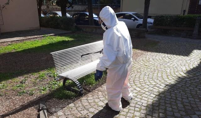 Sanificazione_arredi urbani