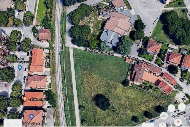 Veduta aerea dell'area dove sorgerà la palazzina di edilizia sociale (da Circolo Legambiente Pistoia)