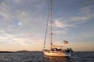 La barca a vela Bamboo (foto Greenpeace)