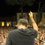 Un momento del concerto di Daniele Silvestri nel 2019. (Foto da pagina Facebook Festambiente).