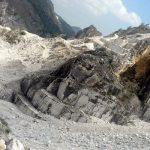 piano-cave-Marmo-Apuane-Toscana-ambiente