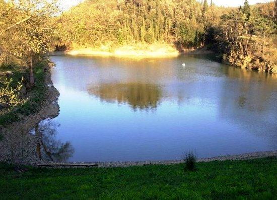 Montelupo-lago Sammontana