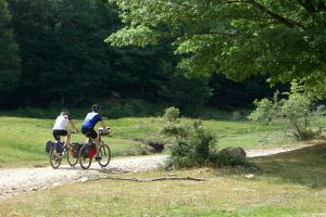 Bici-nel-parco-Toscana-ambiente-Pistoia