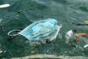 rifiuti-mascherine-in-mare