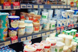 scaffale-yogurt-supermercato