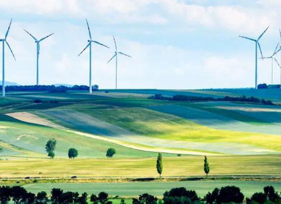 Crisi climatica, la soluzione è nelle rinnovabili. Ci restano solo due decenni per limitare i danni più drammatici.