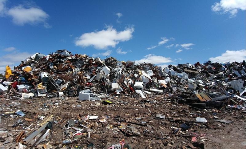ecoreati-rifiuti-discarica