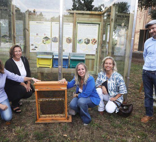 Firenze, due nuovi apiari e alberi da donare sono un messaggio di speranza dopo il G20